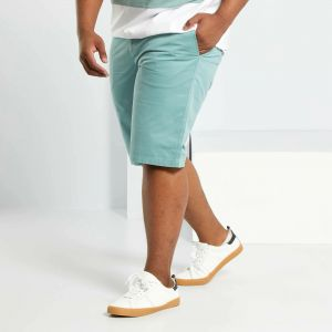 Къси мъжки панталони голям размер