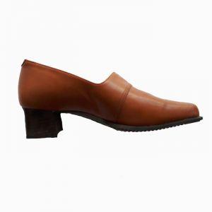 Дамски кожени обувки голям номер