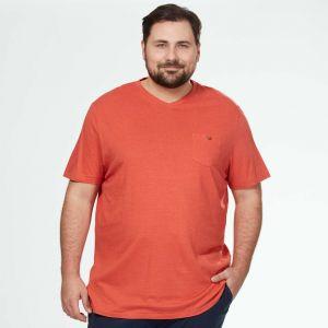 Голям номер мъжка тениска